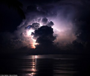 http://www.dailymail.co.uk/news/article-2336338/The-everlasting-storm-Stunning-images-unique-phenomenon-Venezuela-lightning-raged-EVERY-NIGHT-thousands-years.html